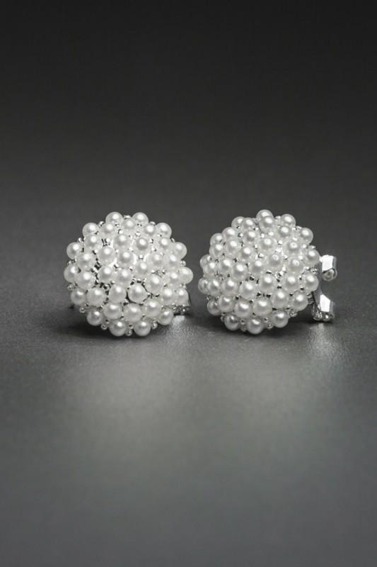 ER002_pearl_earrings