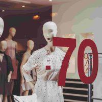 5 секретов от итальянских стилистов, как покупать вещи во время зимних распродаж