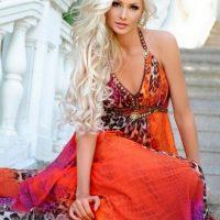 Какие цвета одежды подходят блондинкам?