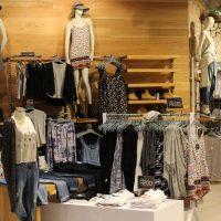Как оформить магазин одежды и повысить его продажи: принцип гармонии