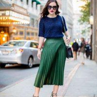 Как носить миди-юбку этим летом и выглядеть стильно: урок из Италии