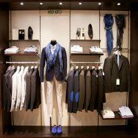 Как оформлять магазин одежды: создаем корнеры