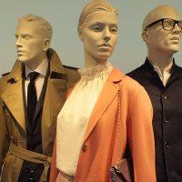 Как оформлять манекены в магазине одежды: уроки мерчендайзинга