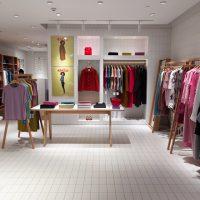 Как должны одеваться продавцы в магазине одежды