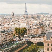 Как оформить интерьер дома по-французски?