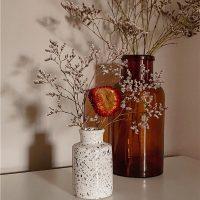 Искусственные цветы в дизайне интерьера